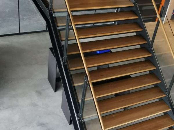 006_escalier.jpg