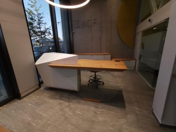016_desk_bureau.jpg